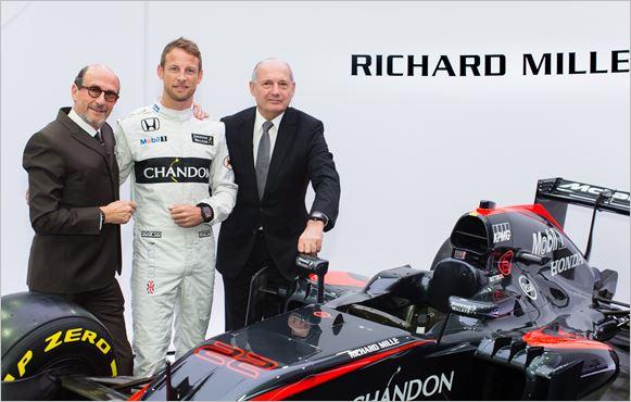 F1-2016-Richard-MILLE-devient-partenaire-du-Team-McLAREN-ici-avec-Jenson-BUTTON-et-Ron-DENNIS