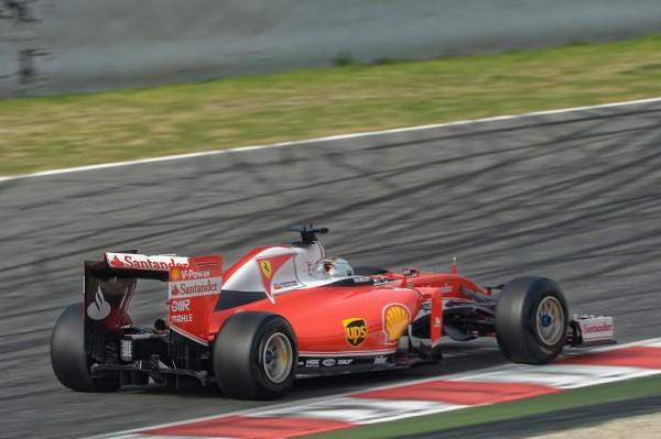 F1-2016-Test-MONTMELO-22-fevrier-FERRARI-SEB-VETTEL-Photo-Antoine-CAMBLOR