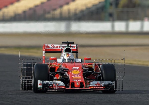 F1-2016-Test-MONTMELO-22-fevrier-FERRARI-Sebastien-VETTEL-Photo-Antoine-CAMBLOR-