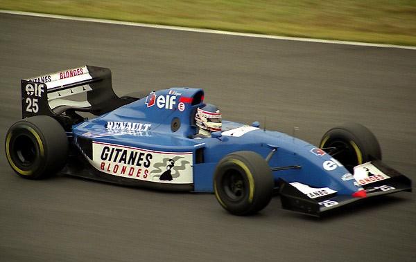 F1-FRANCK-LAGORCE-au-volant-de-la-LIGIER
