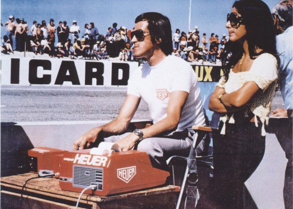 JEAN-CAMPICHE-au-chronométrage-chez-FERRARI-GP-de-FRANCE-1974