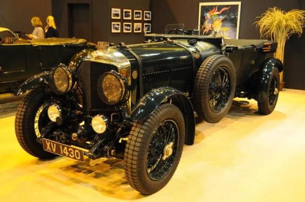 Rétromobile-2016-Quand-on-aime-les-24-heures-on-ne-peut-quadmirer-une-Speed-6-Bentley-des-24-H-du-MANS-dans-les-années-30-Photo-Charles-Emme