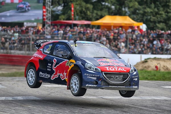 RALLYCROSS 2015 LOHEAC- la 208 PEUGEOT de HANSEN - Photo Gilles VITRY.