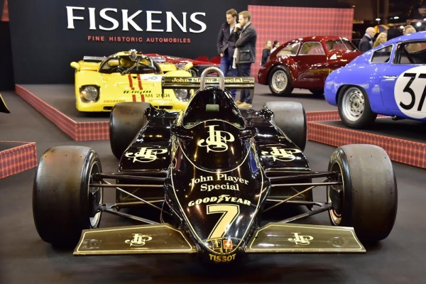 RETROMOBILE-2016-La-LOTUS-F1-de-Nigel-MANSELL.