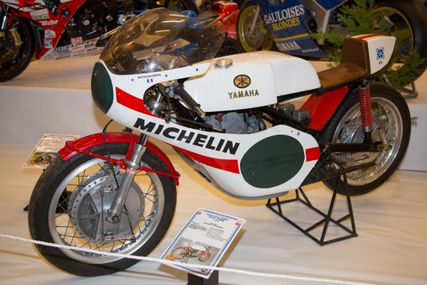 Salon-de-la-moto-de-competition-de-Chevilly-2016-Yamaha-TZ-250cc-de-1971-de-Georges-Fougeray-®-Photo-Michel-Picard