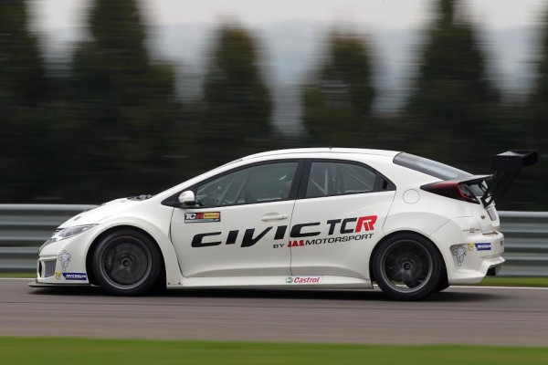 TCR-Honda-Civic-Mettet-Photo-Letihon