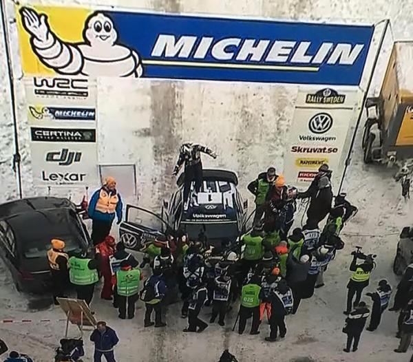 WRC-2016-SUEDE-La-VW-Polo-victorieuse-dOGIER-INGRASSIA