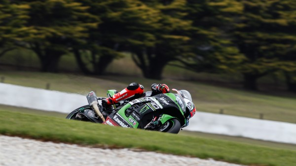 TOM SYKES, TOMBEUR DE POLE