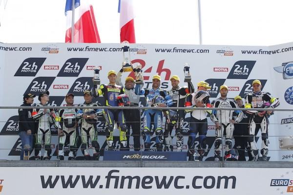 24 HEURES DU MANS MOTO Podium Supersport- 1er SUZUKI GSXR 1000 N° 72 pilotes GUITTET Baptiste - BLACK Greg et MAITRE Romain.