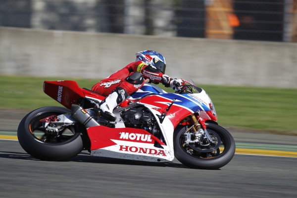 24 HEURES DU MANS MOTOS 2015 HONDA 111 Photo Thierry COULIBALY.