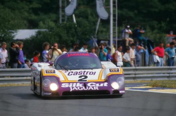 24-Heures-du-Mans-1988-la-Jaguar-XJR-9-victorieuse-de-Dumfries-Lammers-Wallace-©-Manfred-GIET.