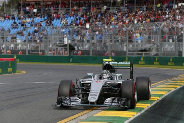 F1-2016-MELBOURNE-La-MERCEDES-de-Nico-ROSBERG