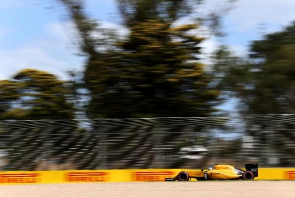 F1-2016-MELBOURNE-La-RENAULT-R16