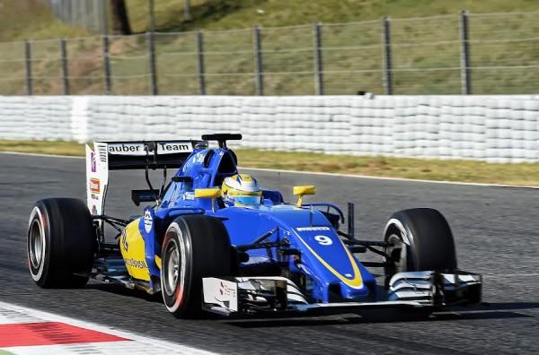 F1-2016-MONTMELO-CATALUNYA-Vendredi-4-mars-La-SAUBER-FERRARI-de-MARCUS-ERICCSON-Photo-ANTOINE-CAMBLOR