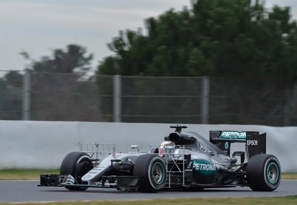 F1-2016-BARCELONE-Test-MONTMELO-Mardi-1er-mars-La-MERCEDES-de-LEWIS-HAMILTON-Photo-Antoine-CAMBLOR