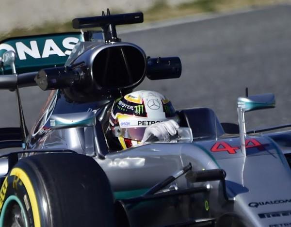 F1-2016-MONTMELO-Essai-mercredi-2-mars-LEWIS-HAMILTON-Photo-Max-MALKA