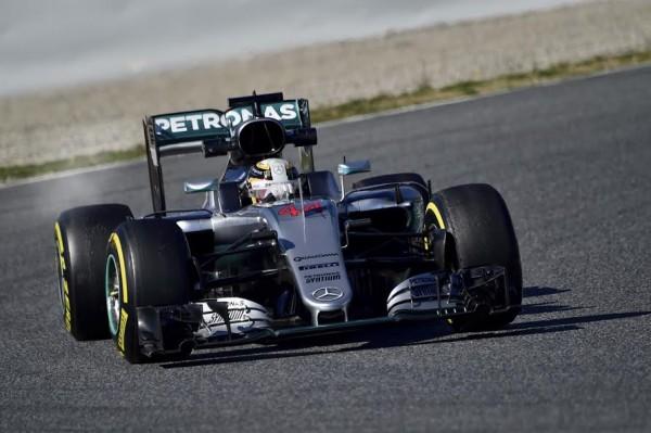 F1-2016-MONTMELO-Essai-mercredi-2-mars-MERCEDES-de-LEWIS-HAMILTON-Photo-Max-MALKA