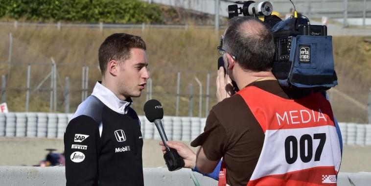 F1-2016-MONTMELO-Essai-mercredi-2-mars-STOFFEL-VANDOORNE-Team-Mc-LAREN-HONDA-Photo-Max-MALKA