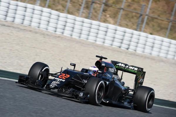 F1-2016-MONTMELO-Mercredi-2-mars-BUTTON-MCLAREN-HONDA-Photo-ANTOINE-CAMBLOR.