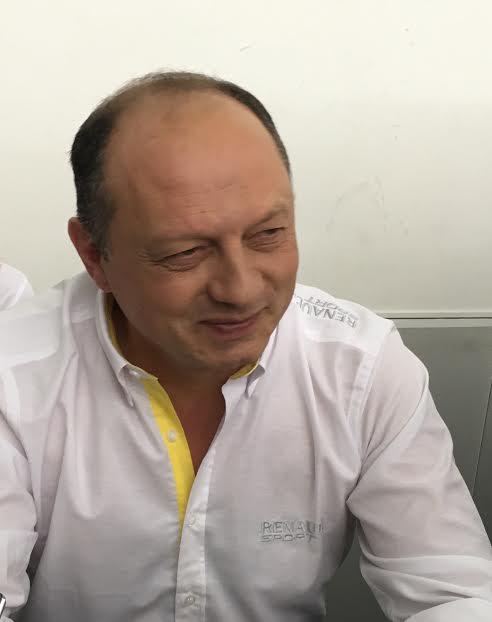 F1-2016-Présentation-Equipe-RENAULT-F1-Frédéric-VASSEUR-nouveau-Team-principal -Photo Antoine CAMBLOR