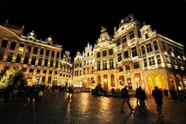 FORMULE-E-La-Grand-Place-de-Bruxelles-©-Manfred-GIET