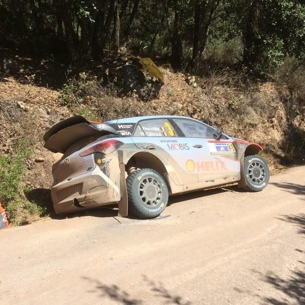 WRC-2016-MEXIQUE-la-HYUNDAI-i20-WRC-de-Thierry-NEUVILLE