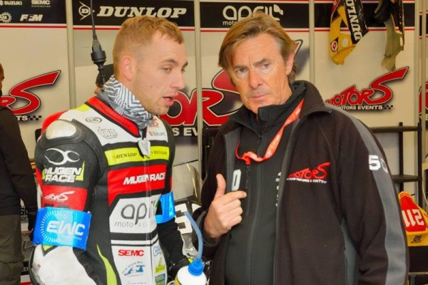 24-HEURES-DU-MANS-MOTOS-2016-Gregg-Black-Suzuki-N°-50-et-le-team-manager-Hervé-Moineau-