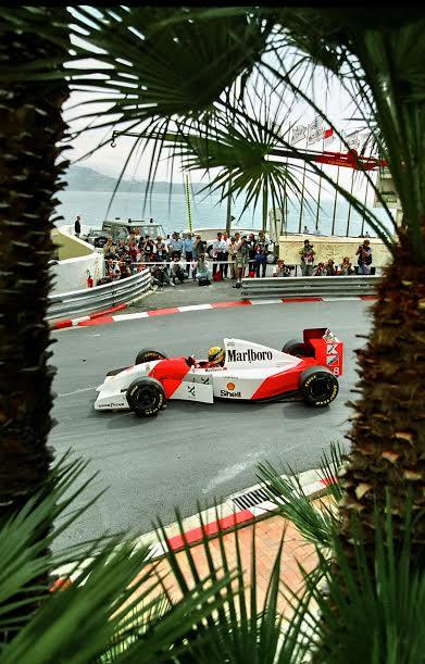 Ayrton-SENNA-Monaco-1993-©-Manfred-GIET.