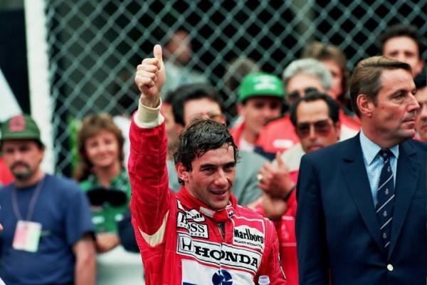 Ayrton-SENNA-Vainqueur-à-Monaco-en-1989-©-Manfred-GIET.