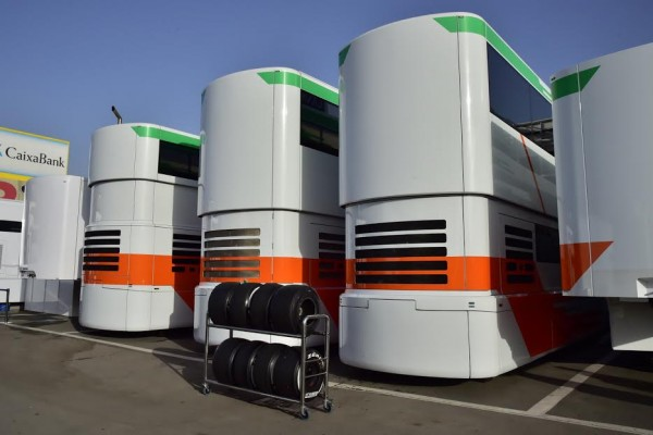 F1-2016-MONTMELO-Jeudi-25-Fevrier-Structure-Hospitality-FORCE-INDIA-Photo-Max-MALKA