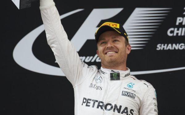 F1-2016-SHANGHAI-La-joie-sur-le-podium-de-NICO-ROSBERG.