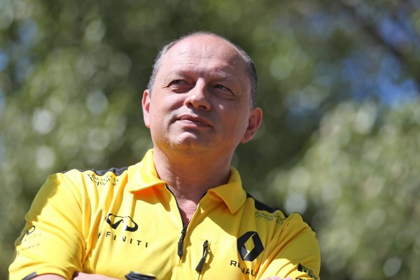 F1 2016 Team RENAULT - Fred VASSEUR