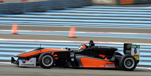 F3 2016 PAUL RICARD - CALLUM ILLOT Photo Antoine CAMBLOR