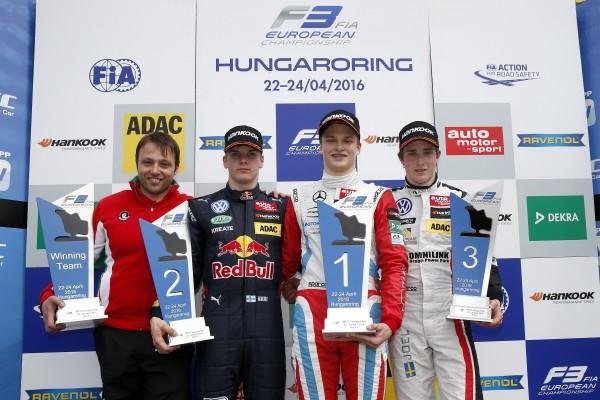 F3-EUROPE-2016-BUDAPEST-le-podium-de-la-1ére-course