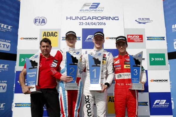 F3-EUROPE-2016-Maximilian-GUNTHER-Ralf-ARON-Guanyu-ZHOU-Podium-1ere-course-1.
