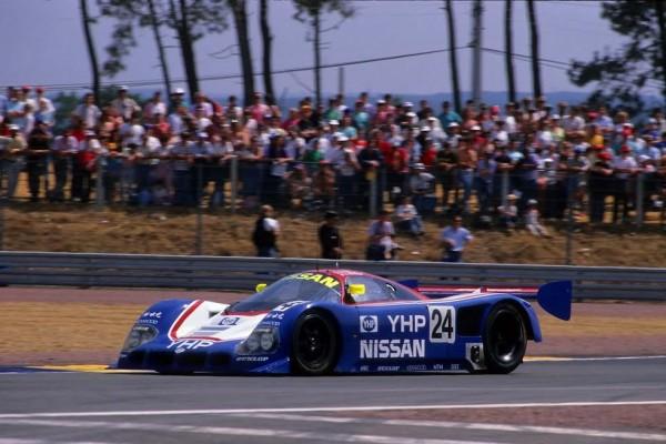 Mark-BLUNDELL-24-Heures-du-Mans-1990-Nissan-©Publiracing