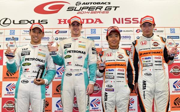 SUPER-GT-2014-1000-KM-DE-SUZUKA-NAKAJIMA-et-ROSSITER-en-pole.