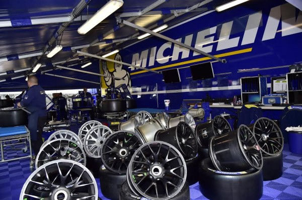WEC 2016 SILVERSTONE- Assistance MICHELIN - Photo Max MALKA.