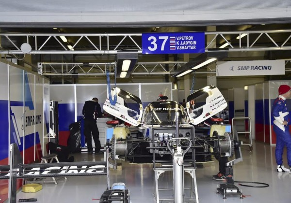 WEC-2016-SILVERSTONE-Stand-SMP-Photo-Max-MALKA
