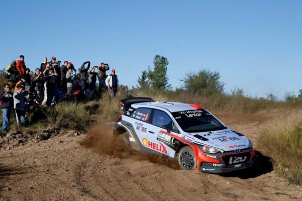 WRC-2016-ARGENTINE-Ma-HYNDAI-de-Dani-SORDO