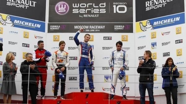 WSR 2014 - MOSCOU Podium 1ére course avec SIROTKIN le vainqueur a domicile.j