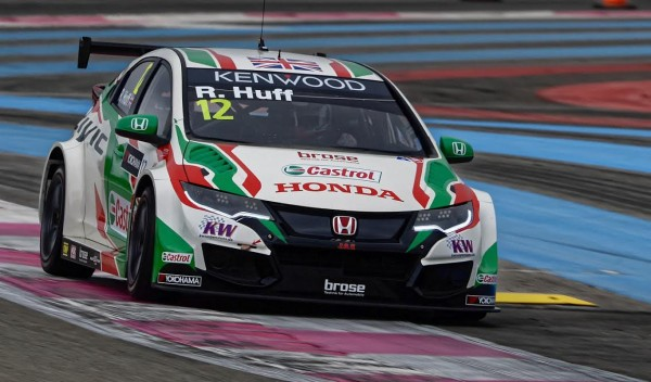 WTCC 2016 -PAUL RICARD - La HONDA CIVIC JAS de ROB HUFF - Photo ANTOINE CAMBLOR.