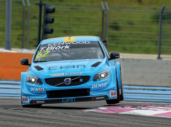 WTCC-2016-PAUL-RICARD-VOLVO-BJORK-photo-Antoine-CAMBLOR.