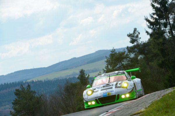 24-HEURES-NURBURGRING-2016-Porsche-911-GT3-R-Manthey-Racing-Jörg-Bergmeister-Michael-Christensen-Richard-Lietz-Frederic-Makowiecki