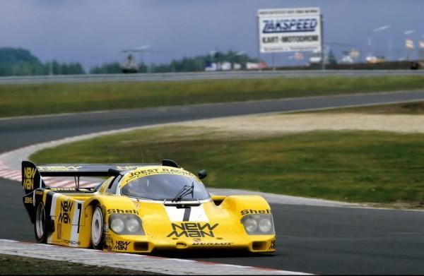 Ayrton-SENNA-aux-1000-Km-du-Nürburgring-1984-sur-Porsche-956-K-©-Manfred-GIET-