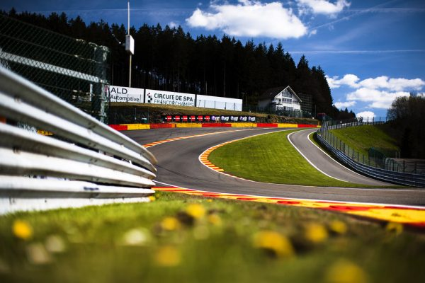 CIRCUIT-SPA-FRANCORCHAMPS -Le raidillon de l'Eau rouge