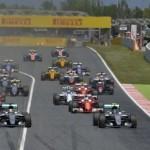 F1-2016-BARCELONE-15-Mai-le-depart-du-GP-dESPAGNE-avec-le-deux-MERCEDES-en-1ére-ligne