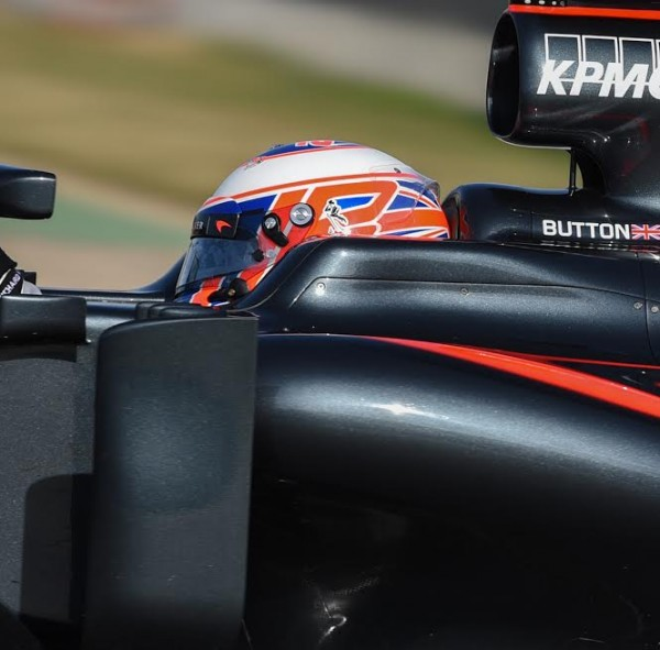 F1-2016-Casque-Jenson-BUTTON-Photo-Antoine-CAMBLOR.