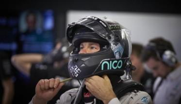 F1-2016-SOTCHI-NICO-ROSBERG-en-pole-avec-sa-MERCEDES-W07.j
