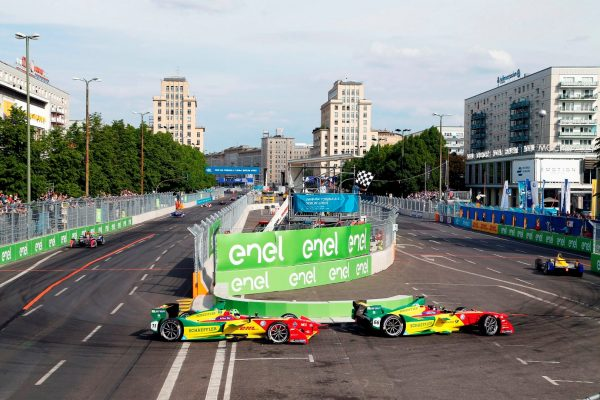 FORMULA E 2016 - GP BERLIN le 21 Mai -VICTOIRE de BUEMI RENAULT e DAMS devant les deux pilotes ABT AUDI -ABT et DI GRASSI.